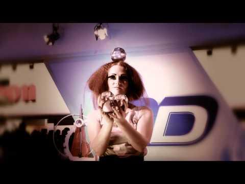 Video: Beatrice Baumann aka Beatritsche Kontaktjonglage Promovideo