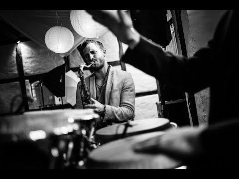 Video: DJ und Saxophon, München