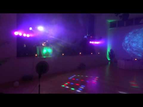 Video: Komplettaufbau meiner Licht- und Tontechnik inkl. Up-Lights in einer Festhalle