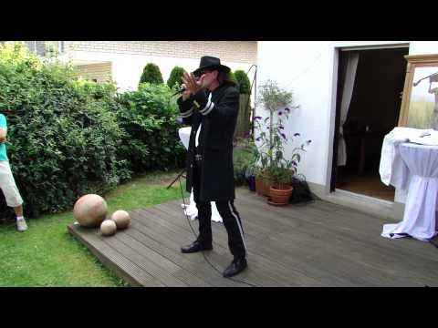 Video: Lindenberg Double Andy bei einer Gartenparty (50. geb.)