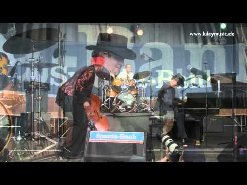 Video: Brenda Boykin & Jan Luley Trio - Swinging live at New Orleans Festival Fürth, 2012