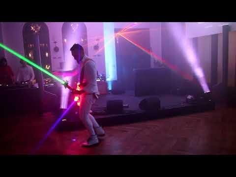 Video: Livelectric - Laser E-Gitarre und LED Violine