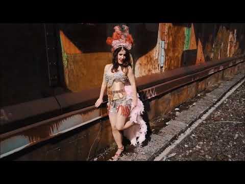 Video: Burlesque