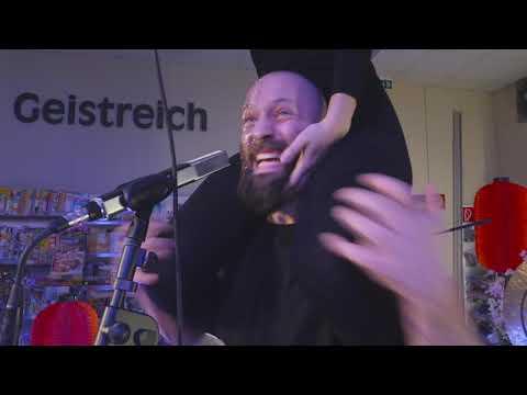 Video: OSCA live at EDEKA Supermarkt
