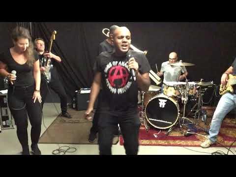 Video: Video Demo THE TAKANAKA CLUB BAND