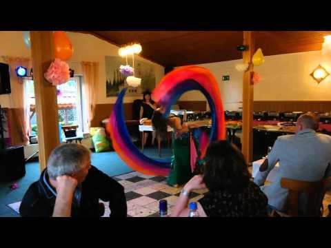 Video: Double Veil Poi - Natasha Bastrón - Orientalischer Show Tanz