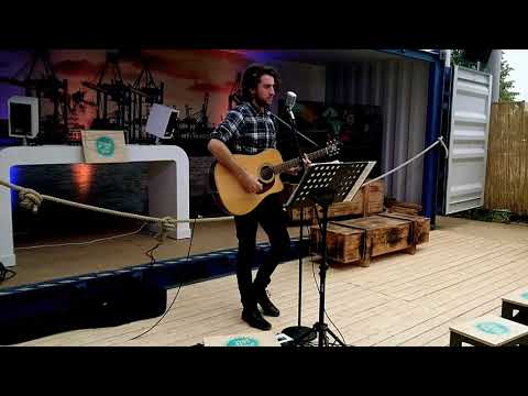 Video:  Too Close - Alex Clare (Cover by Wladi - Live 2018)