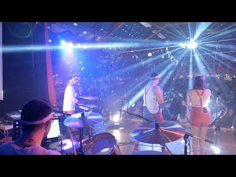 Video: Live 2019