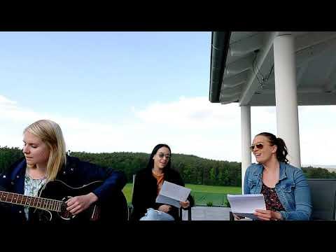 Video: Sunset Singers