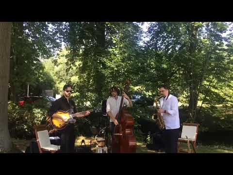 Video: Akustik JukeBox Trio Latin - Havana