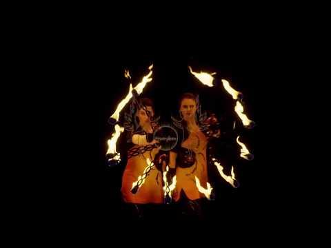 Video: Feenfeuer - akrobatische Feuershow