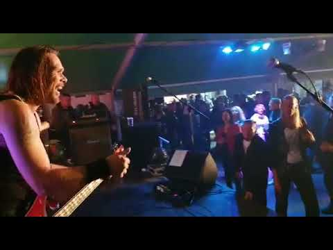Video: ROKKERS - Highway to Hell - live