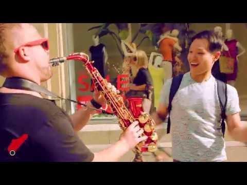 Video: SAX ON WHEELS - Love never felt so good