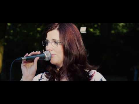 Video: Freie Trauung mit Franziska Augustin