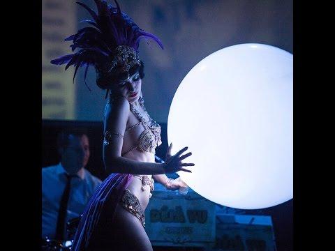 Video: LED Moon burlesque mit Anja Pavlova