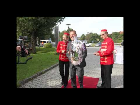 "Video: Walk act, Comedy und Unterhaltung ""Welcome-Pagen"""