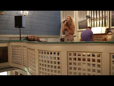 Video: Lyrics: Anettmusic - A Thousand Years (Ja für immer) ,Original: Christina Perri , Cover: Marina Tinz