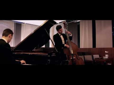Video: Holder & Brian