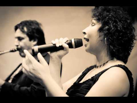 "Video:     Caroline Simpson Jazz Quintet ""That Ole Devil Called Love"" at Jazz and Joy 2011"