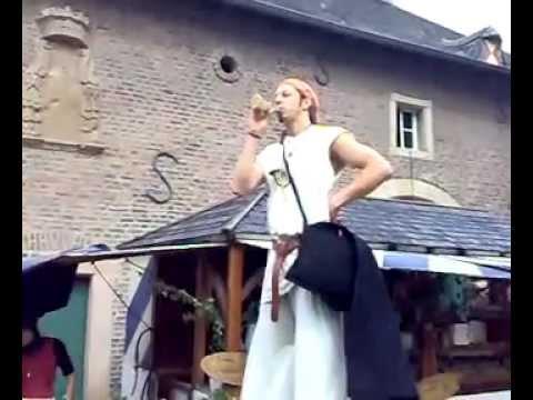 Video: Auf Schloss Burgau