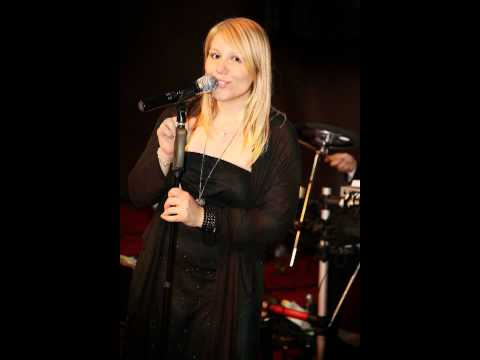 Video: So soll es bleiben - Melanie Nocon (Sologesang mit Pianobegleitung)