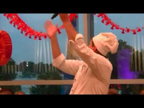 Video: JAN OLOV - der singende Koch bei der Arbeit!!