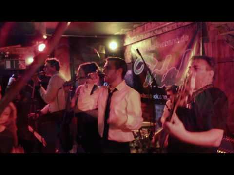 "Video: Total Liveband im ""Comicaze Cottbus"""
