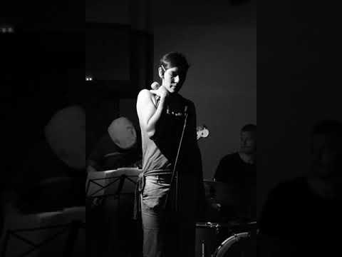 Video: Anne Römer singt Jazz - Glorybox