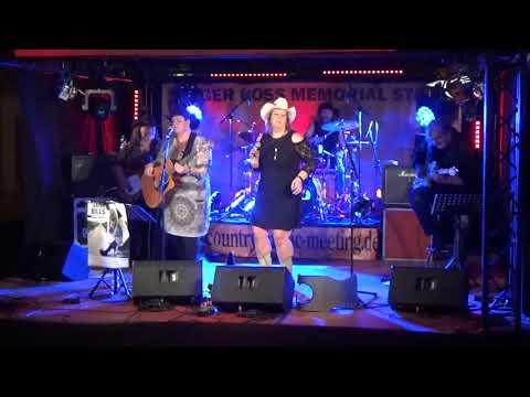 Video: Laredo Hills - Turn on the Radio