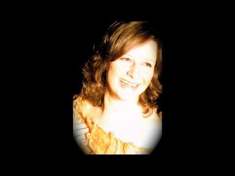 Video: Hochzeitssängerin Andrea Kaiser singt Amazing grace