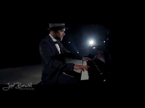 "Video: Josef Barnickel mit seinem Piano Cover ""He's A Pirate"""