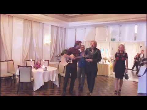 Video: Beatles Geb Ständchen mit Thomas Gottschalk