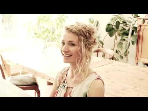"""Video: Anne Fraune singt ihr selbstgeschriebenes Lied """"Unsere Liebe"""""""