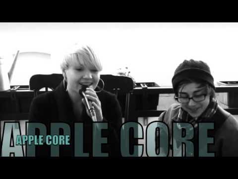 """Video: APPLE CORE """"Stand up"""" (Hindi Zahra)"""