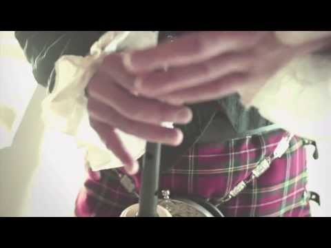 Video: McGregors - Great Highland Bagpipe & Drums