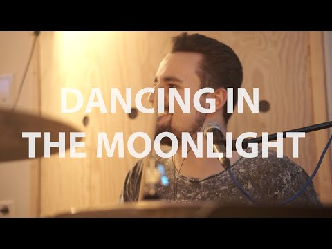 Video: Dancing in the Moonlight (cover)