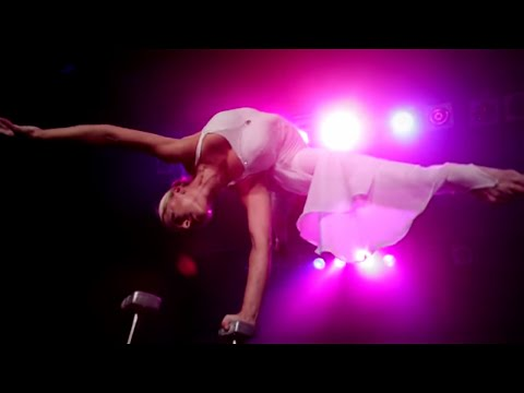 "Video: Handstand Show Act ""Vision"" - Marina Skulditskaya"
