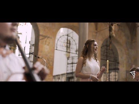 Video: Julia: Ave Maria - von G. Caccini