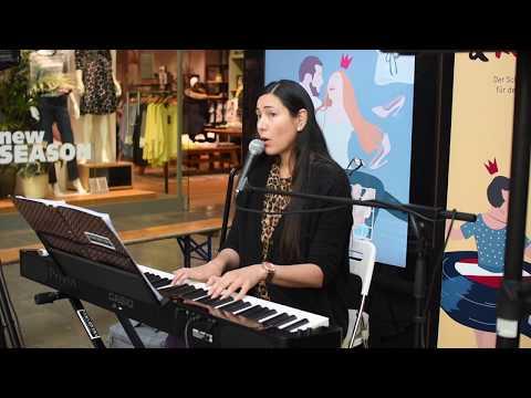 Video: Für mich bist Du die Welt - Michelle (Vera Rivera Cover) Hochzeitssängerin Eventsängerin NRW