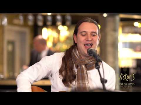 Video: Ingrid Schwarz Duo - Stitched up Cover