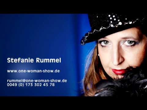 Video: One-Woman-Show - Singer, Tap Dancer, Magician, Chairperson