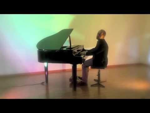 Video: Piano Solo