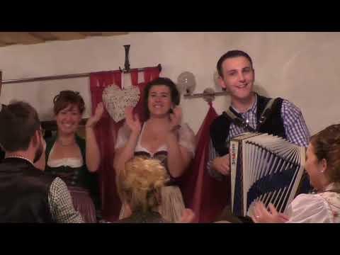 Video: Florian Binder - Weil wir gerne feiern (Offizielles Musikvideo)