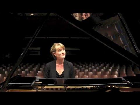 Video: Annalena Schwade Trio feat. Felix Blum - One Foot In The Gutter
