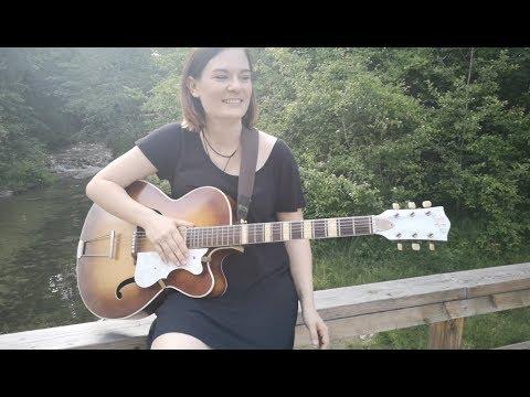 Video: Fields of Gold - Eva Cassidy