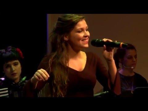 Video: Tamburalo Momce - Serbisches Volkslied