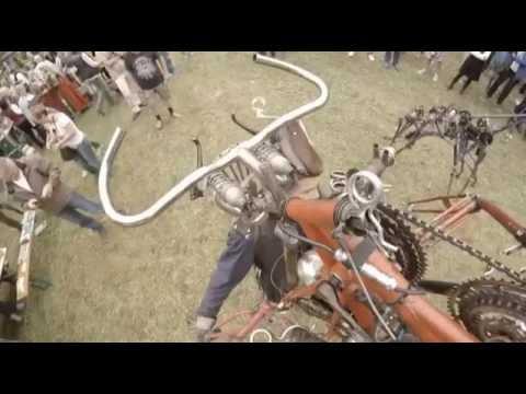 Video: Bayerischer Rundfunk - Die Herde der Maschinenwesen