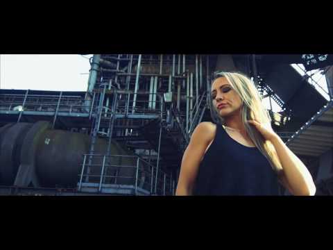 Video: DJane Beat Kat Club Showreel