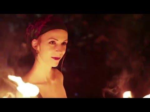 Video: Hammerflausch - Fantasy, Feuershow und Walk-Act